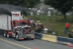 见过卡车烧胎吗 看看擎天柱是如何愤怒的
